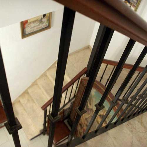Escaleras de hierro y madera precios de hierro forjado - Precio escaleras de madera ...